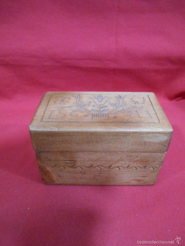 Antigua caja de madera para guardar barajas de comprar - Caja madera antigua ...