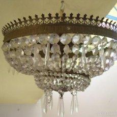 Antigüedades: LAMPARA DE BRONCE Y CUENTAS DE CRISTAL. Lote 58448681