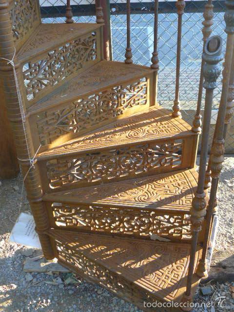 Escalera De Caracol De Hierro Fundido Sold Through Direct Sale 58456375