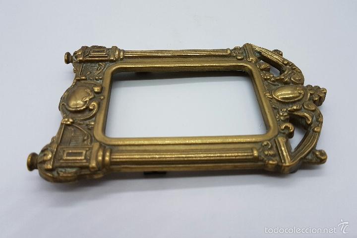 Antigüedades: Elegante marco antiguo en bronce de estilo victoriano. - Foto 3 - 58502911