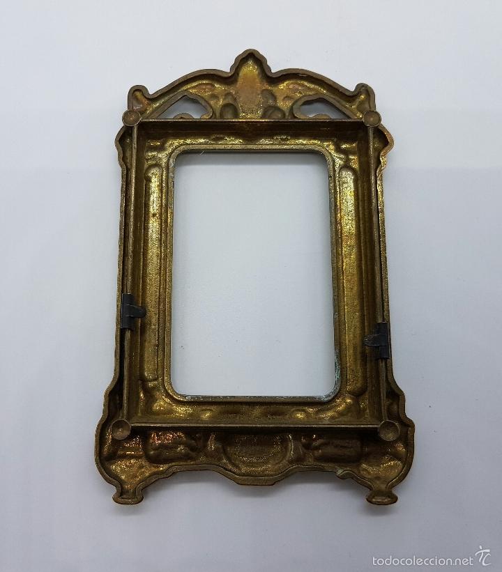 Antigüedades: Elegante marco antiguo en bronce de estilo victoriano. - Foto 6 - 58502911