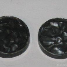Antigüedades: LOTE 2 BOTONES ANTIGUOS GRISES. Lote 58504206