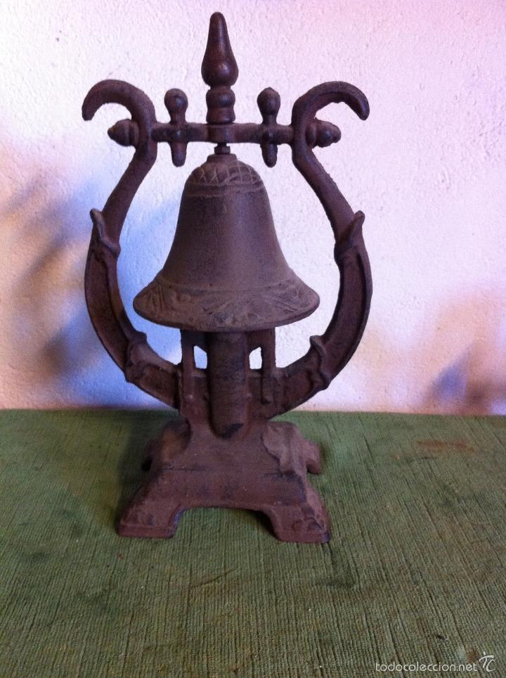 Antigüedades: BONITO Y RARO TIMBRE EN HIERRO PAR MESA DE DESPACH0. s. XIX - Foto 4 - 58538260