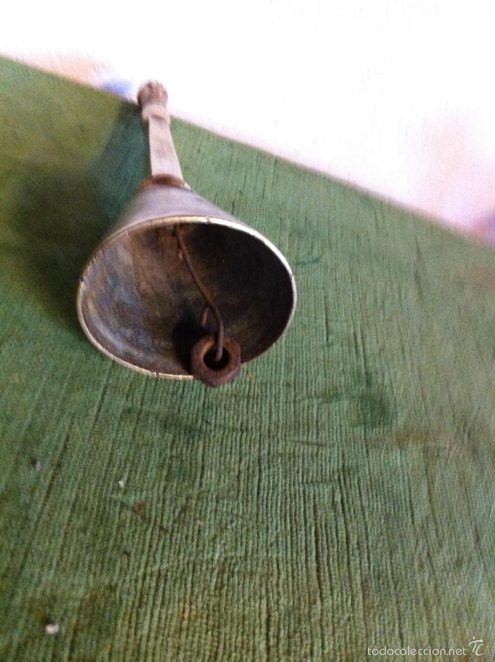 Antigüedades: BONITA CAMPANA ENTERA DE BRONCE MUY ANTIGUA CON UN AGUJERO - Foto 3 - 58540581