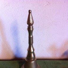 Antigüedades: PRECIOSA CAMPANA ENTERA DE BRONCE, MUY ANTIGUA. Lote 58540742