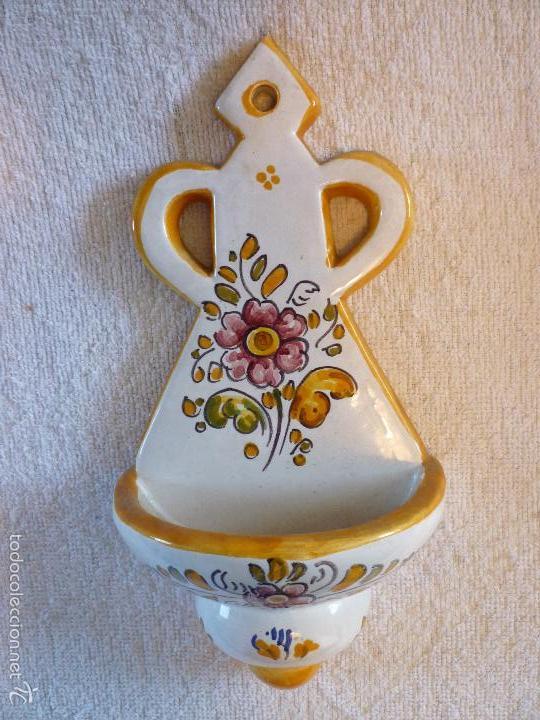 ANTIGUA BENDITERA DE TALAVERA, PINTADA A MANO (Antigüedades - Porcelanas y Cerámicas - Talavera)