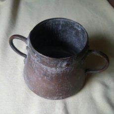Antigüedades: ANTIGUO POTE. BRONCE Y COBRE.SÁHARA-ARGELIA, AÑO 84,COMPRADO EN ANTIGÜEDADES.. Lote 58561030