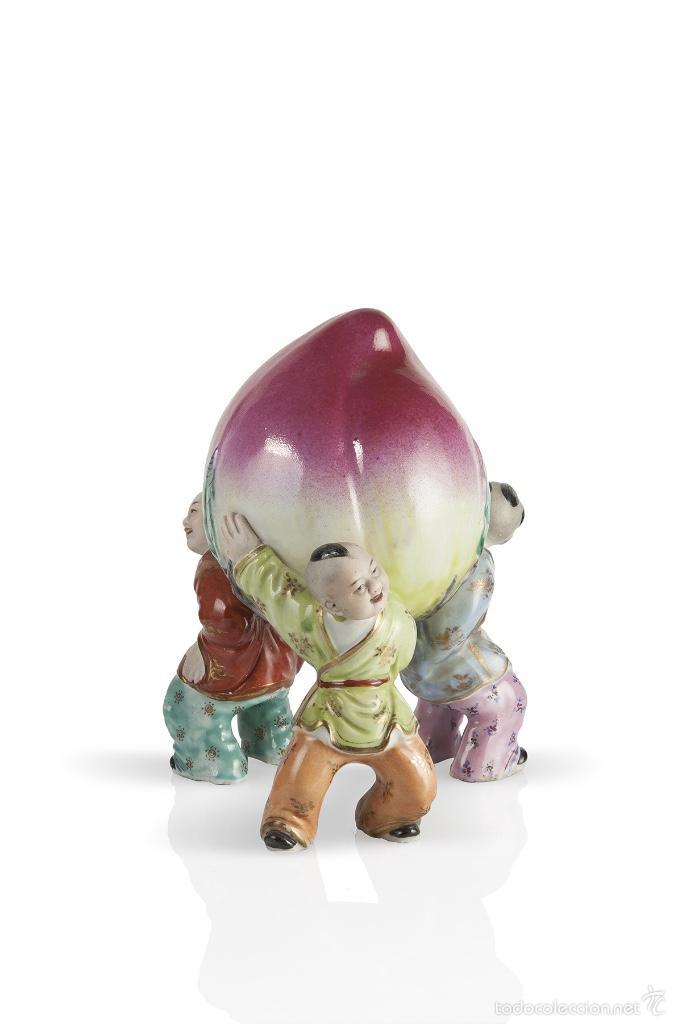 TRES NIÑOS PORCELANA CHINA SIGLO XX (Antigüedades - Porcelanas y Cerámicas - China)