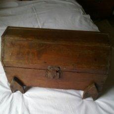 Antigüedades: ANTIGUO.PEQUEÑO BAÚL . PRINCIPIOS DEL SIGLO PASADO.. Lote 58568132