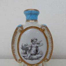 Antigüedades: ANTIGUO TARRO DE PORCELANA. CON MARCAS EN LA BASE. Lote 58599581