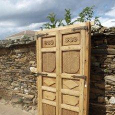 Antigüedades: ANTIGUA PUERTA DOBLE SIGLO XVIII. Lote 58622989
