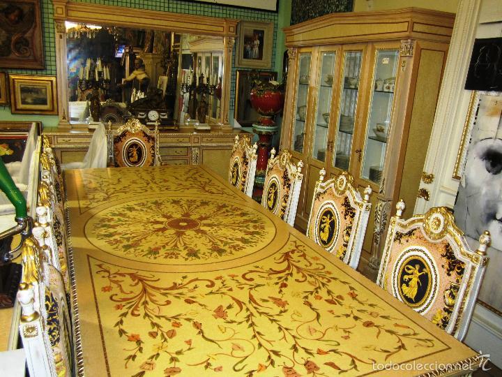 COMEDOR DE PALACIO COMPLETO, MESA, 8 SILLAS, 2 SILLONES, BUFET APARADOR, ESPEJO Y GRAN VITRINA (Antigüedades - Muebles Antiguos - Mesas Antiguas)