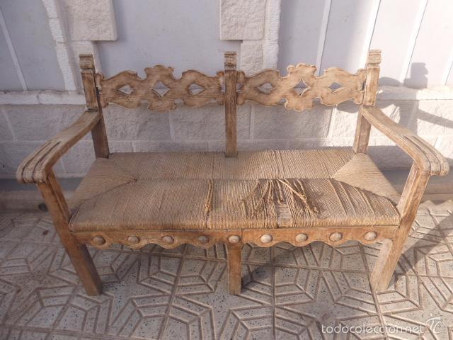 Antiguo banco de madera con la madera lijada li comprar - Pintar muebles viejos ...
