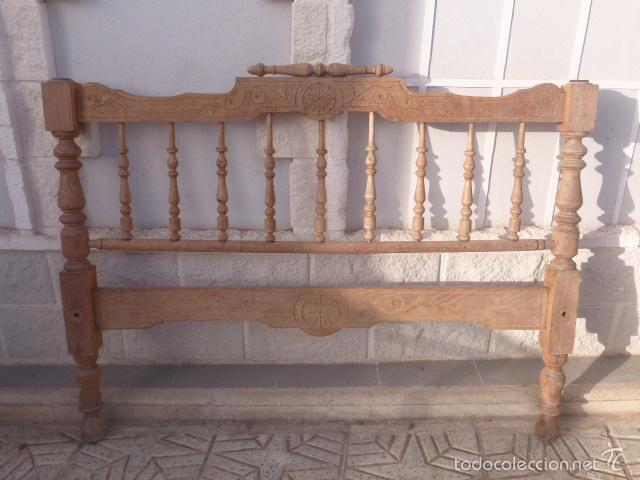 Antiguo cabezal de cama de madera torneada lija comprar - Como pintar muebles antiguos ...