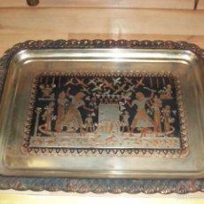 Antigüedades: ANTIGUA BANDEJA DE METAL. Lote 58666256