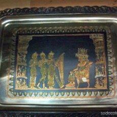 Antigüedades: ANTIGUA BANDEJA DE METAL. Lote 58666316