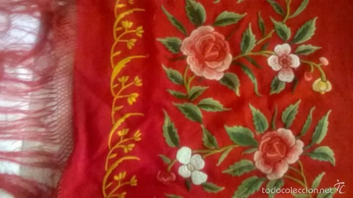 Antigüedades: ANTIGUO MANTON DE MANILA FINALES.XIX PP XX. SEDA FINA ROJO BERMELLÓN.BORDADO A MANO.ESPECTACULAR - Foto 18 - 58675789