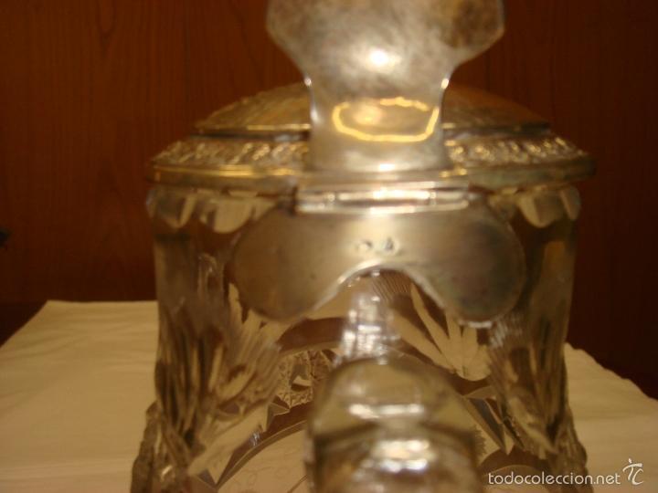 Antigüedades: ANTIGUA Y MAGNIFICA JARRA EN CRISTAL DE BOHEMIA TALLADO CON TAPA DE PLATA. C1930 - Foto 12 - 58727662