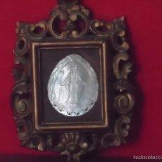 Antigüedades: VIRGEN NACAR CON CUADRO PAN DE ORO CUADRO RELIGIOSO TIPO RELICARIO. Lote 58922915