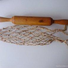 Antigüedades: BOLSA DE CORDEL + RODILLO PARA LA MASA. Lote 59078600