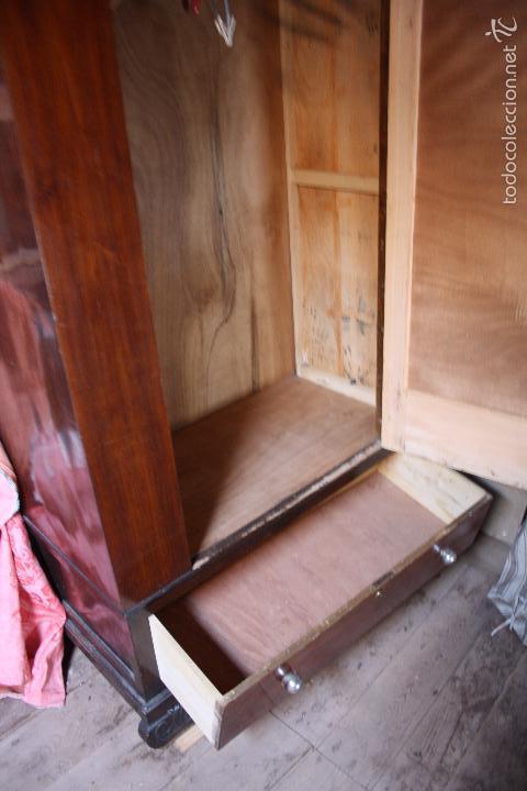 Antigüedades: Armario con espejo. - Foto 2 - 58714885