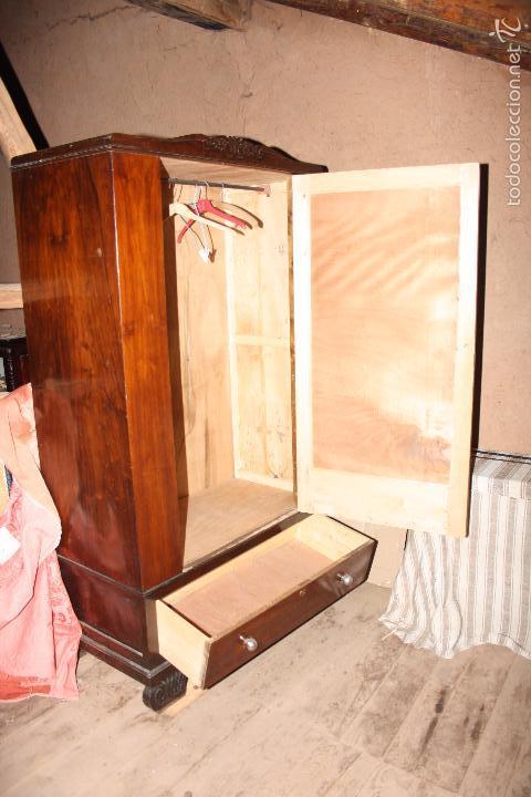 Antigüedades: Armario con espejo. - Foto 3 - 58714885