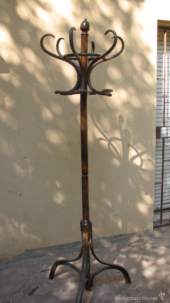 PERCHERO DE PIE ESTILO THONET. 190 CM ALTURA. (Antigüedades - Hogar y Decoración - Otros)