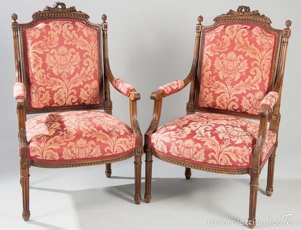 Pareja sillones nogal estilo luis xvi comprar sillones for Sillones clasicos antiguos