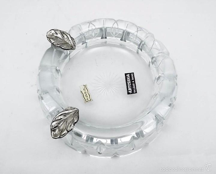 CENICERO EN VIDRIO TALLADO A MANO ARTESANAL Y PLATA - SIGLO XX (Antigüedades - Cristal y Vidrio - Otros)