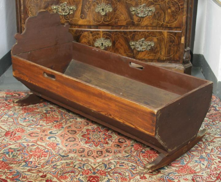 antigua cuna en madera de pino. estilo rustico. - Comprar Camas ...
