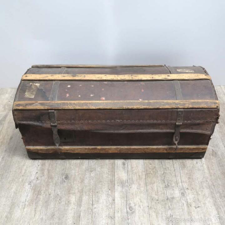 Antigüedades: BAÚL DE VIAJE de cuero y madera. Alemania 1850 - 1880 - Foto 6 - 59663807