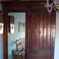 Antigüedades: ARMARIO MODERNISTA. Lote 59669551