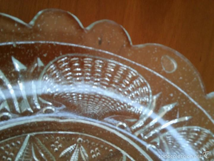 Antigüedades: Plato de cristal prensado. Santa Lucía, Cartagena. 21cm diámetro. - Foto 3 - 59681111