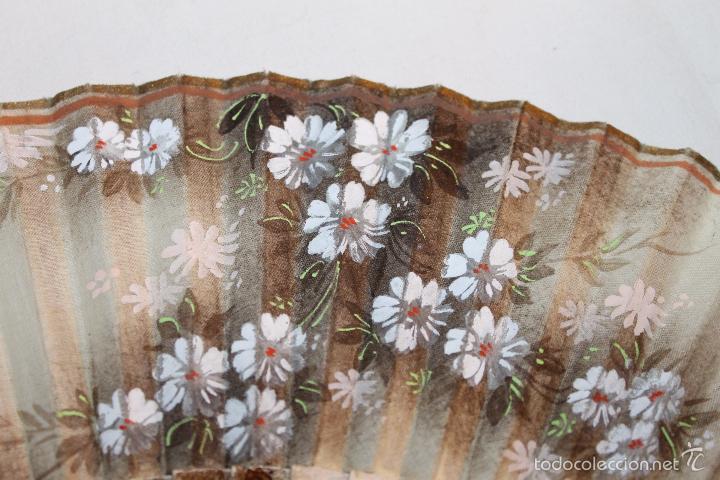 Antigüedades: ABANICO EN MADERA LACADA Y TELA PINTADA A MANO - FIRMADO R. GOYA - Foto 5 - 59872876