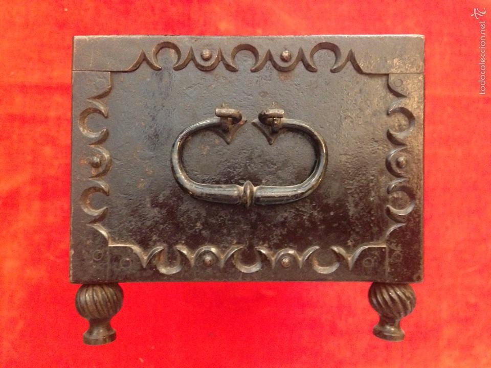 Antigüedades: Cofre joyero de hierro del siglo XVIII - Foto 5 - 59887275