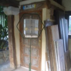 Antigüedades: ANTIGUA JAULA PARA LORO CON SOPORTE. Lote 59926287