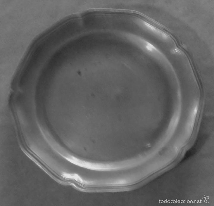 PLATO DE ESTAÑO (Antigüedades - Hogar y Decoración - Platos Antiguos)