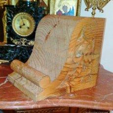 Antigüedades: DOS CAPITELES, MENSULAS, PEANAS DE MADERA ANTIGUAS. MADERA CRUDA, PARA DAR EL TONO DESEADO.. Lote 59959918