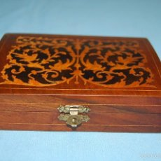 Antigüedades: CAJA EN MADERA CON MARQUETERÍA. Lote 59966127