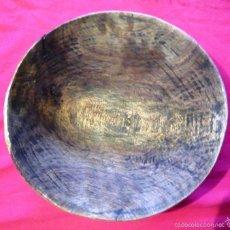 Antigüedades: CUENCO ANTIGUO DE MADERA TALLADO A MANO.. Lote 60139079