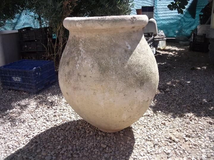 TINAJA.-CERAMICA.-MEDIDAS DE 70 CM. ALTURA Y 50 CM. DE ANCHO. (Antigüedades - Porcelanas y Cerámicas - Otras)
