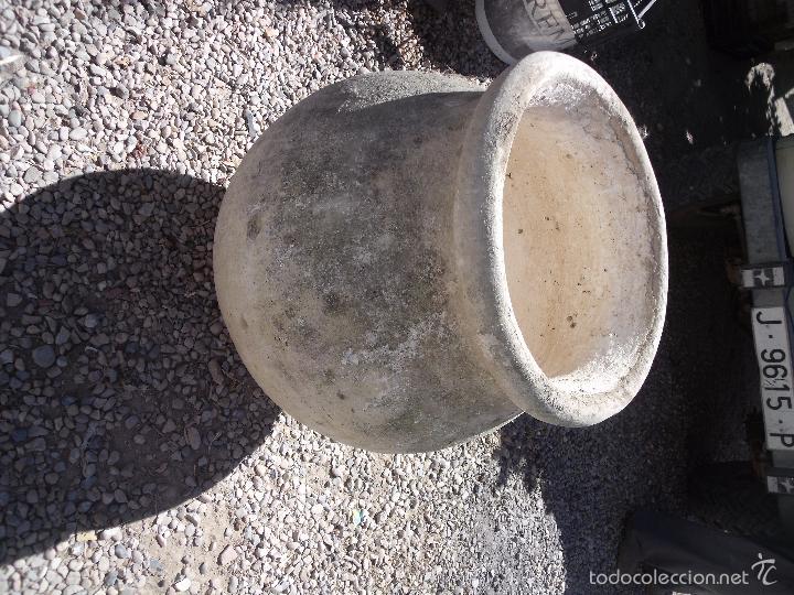 Antigüedades: TINAJA.-CERAMICA.-MEDIDAS DE 70 CM. ALTURA Y 50 CM. DE ANCHO. - Foto 2 - 60194467