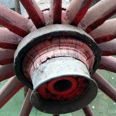 Antigüedades: RUEDA DE CARRO GRANDE. Lote 60247467