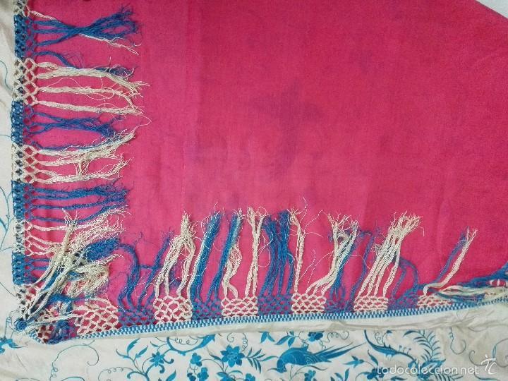 Antigüedades: Colcha de Manila. Seda bordada a mano. Siglo XIX - Foto 3 - 60363291