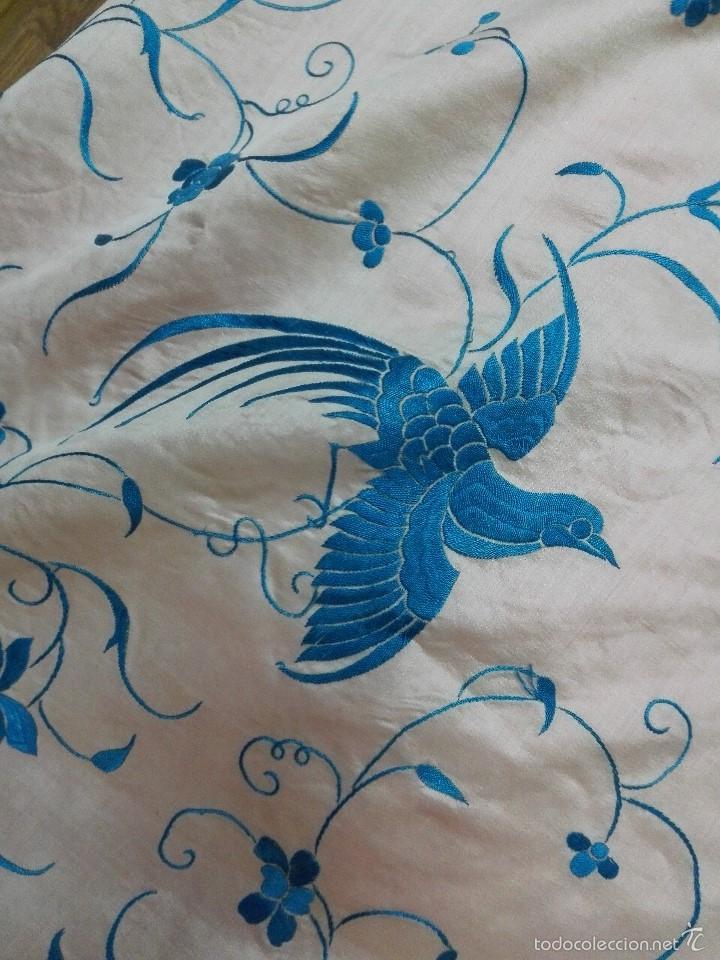 Antigüedades: Colcha de Manila. Seda bordada a mano. Siglo XIX - Foto 5 - 60363291