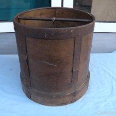 Antigüedades: ANTIGUA MEDIDA DE GRANO. Lote 60550859