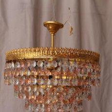 Antigüedades: LAMPARA DE TECHO EN METAL DORADO CON CRISTALES 4 LUCES. Lote 60556171
