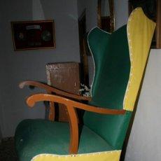 Antigüedades: ANTIGUA MECEDORA DE SILLON OREJERO . Lote 60617523