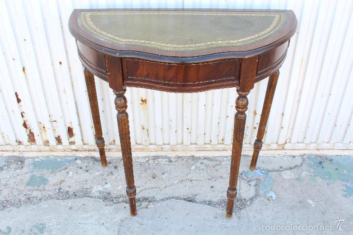 Consola en madera y piel para restaurar comprar consolas for Consolas antiguas muebles
