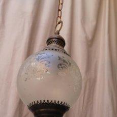 Antigüedades: LAMPARA DE TECHO EN METAL CON TULIPA DE CRISTAL. Lote 60738647